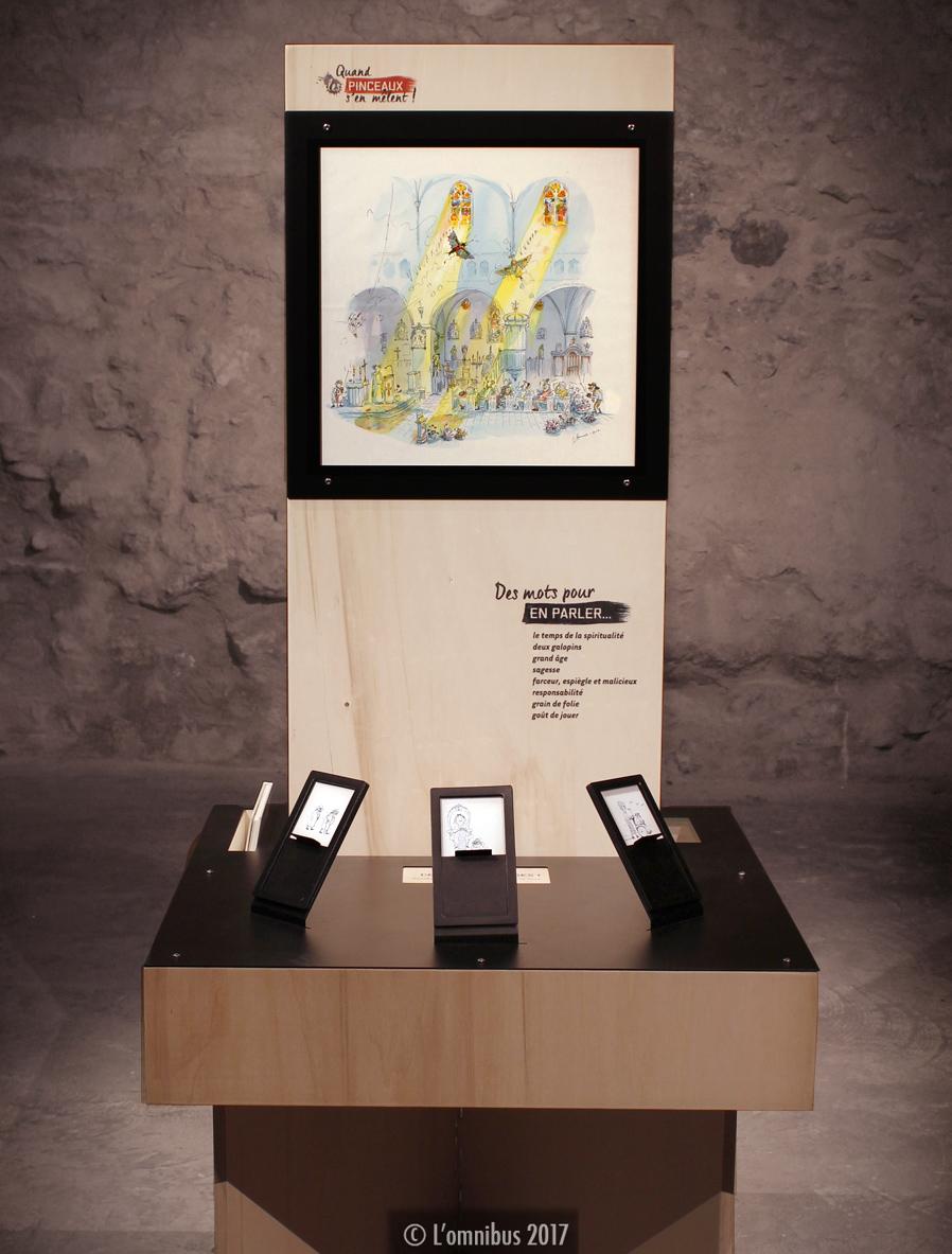 """Totem Irène Bonacina pour l'exposition collective """"Quand les pinceaux s'en mêlent"""", conçue et réalisée par l'Omnibus"""